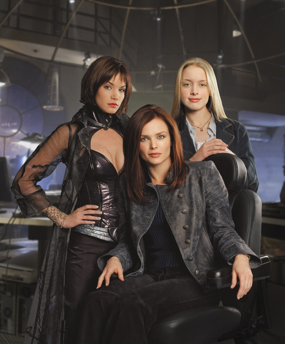 Birds of prey tv series - photo#1